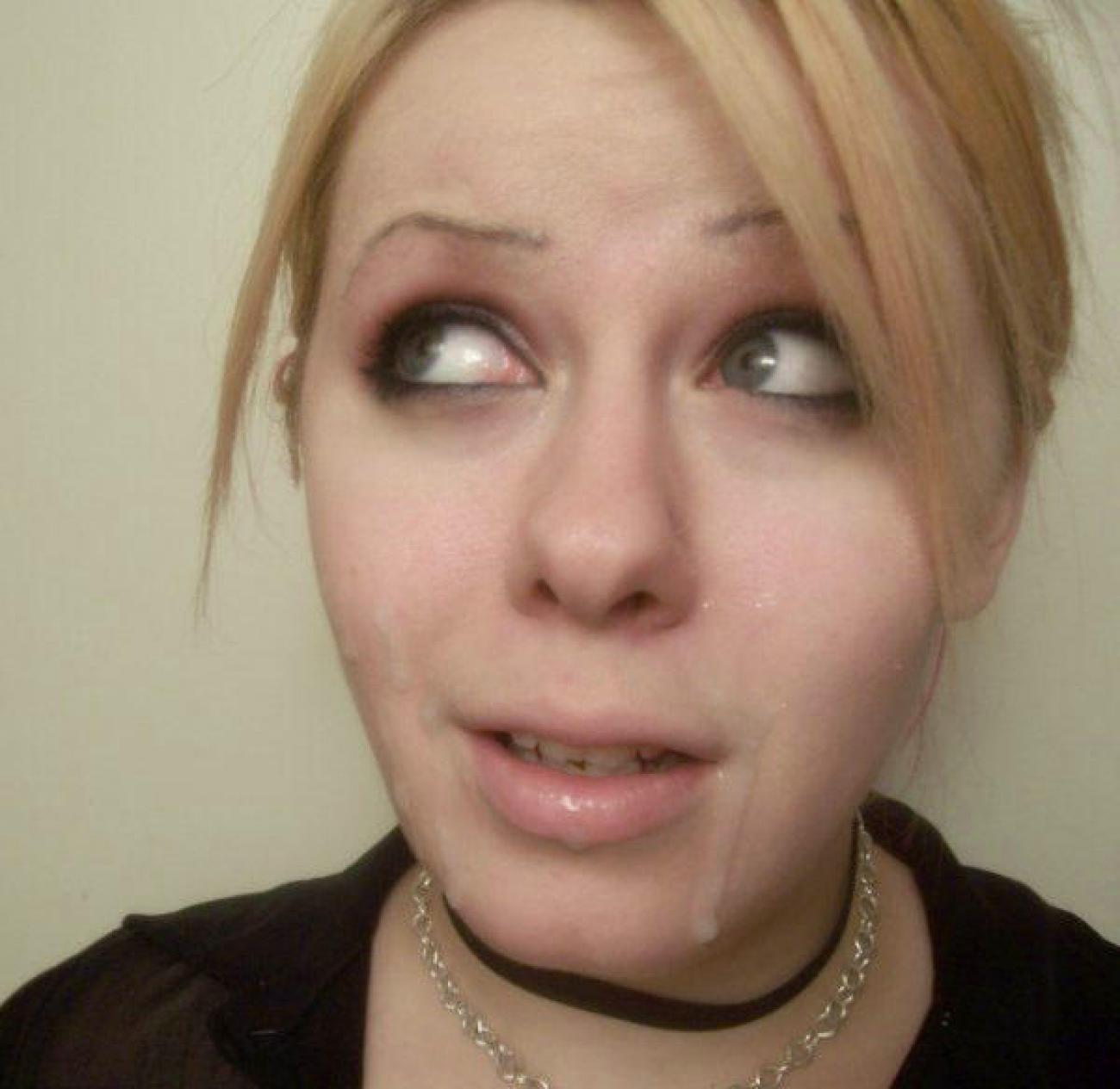 Сперма на лице ведущих фото 3 фотография
