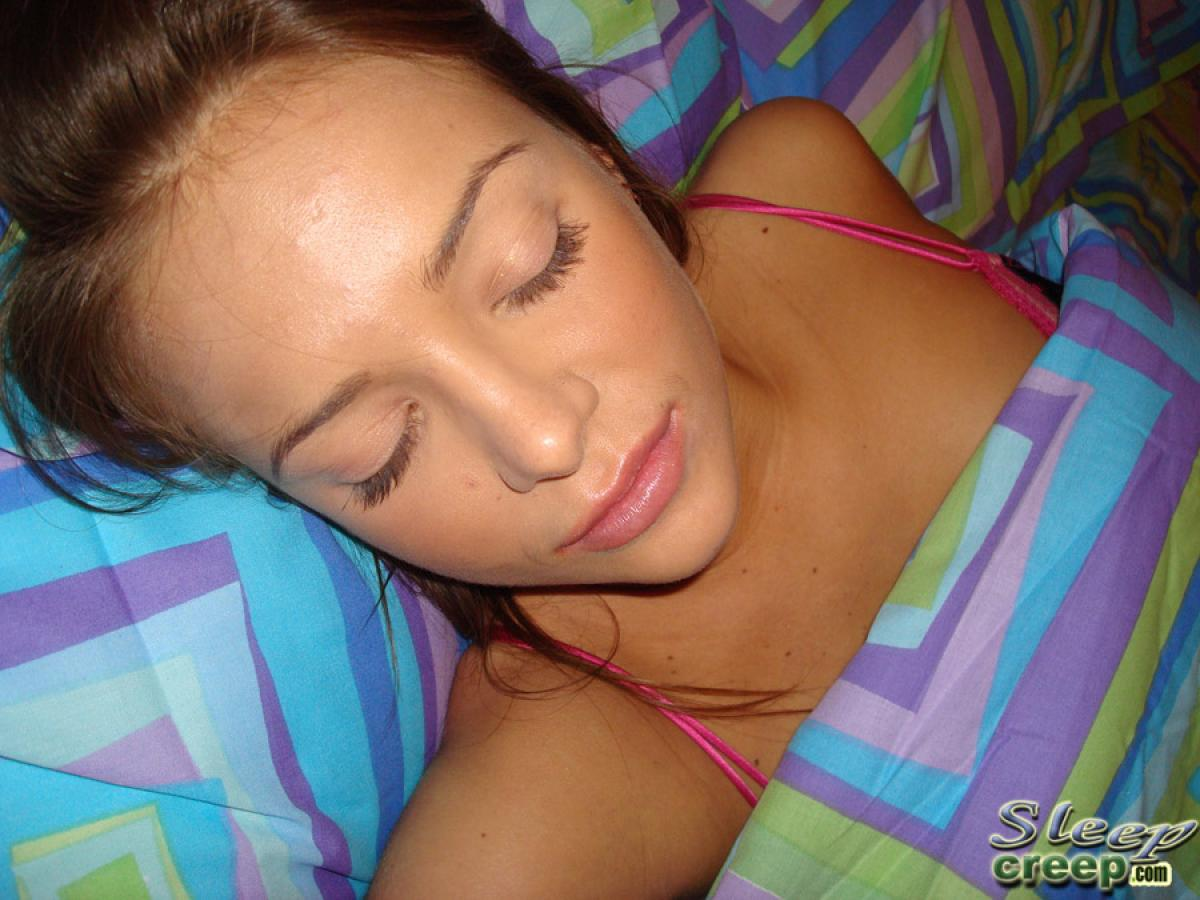 Слаткий сон порно 25 фотография